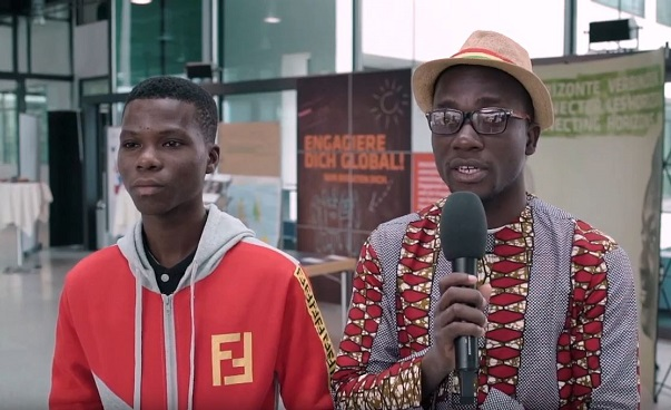 The photo shows the two men René Fadonougbo and Koudoussou Laourou from the network of the German-African Youth Initiative in Benin. Photo: Engagement Global